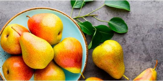 Deliciosas Peras en tu mesa