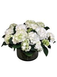 Centro de hortensias blancas en cristal