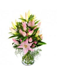 Jarron de lilium rosas