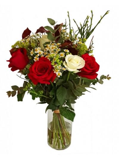 Ramo de flores rojo y blanco