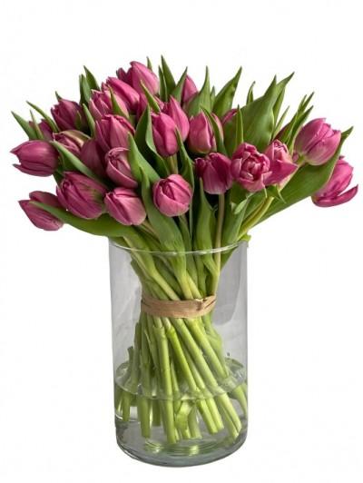 1 Jarron de tulipanes rosas